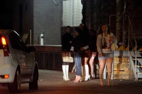 prostitutes (22)