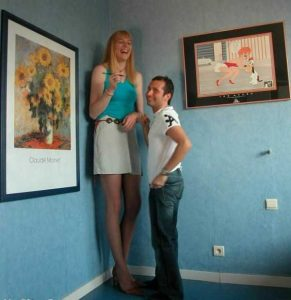 extremely-tall-girls (2)