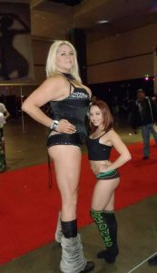 extremely-tall-girls (42)