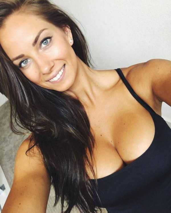 hot-funny-girls (61)