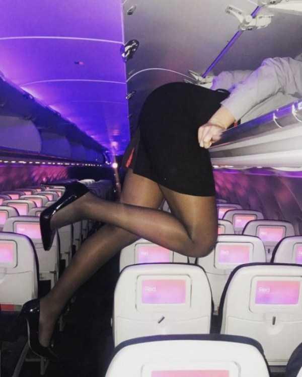 plane-girls (11)