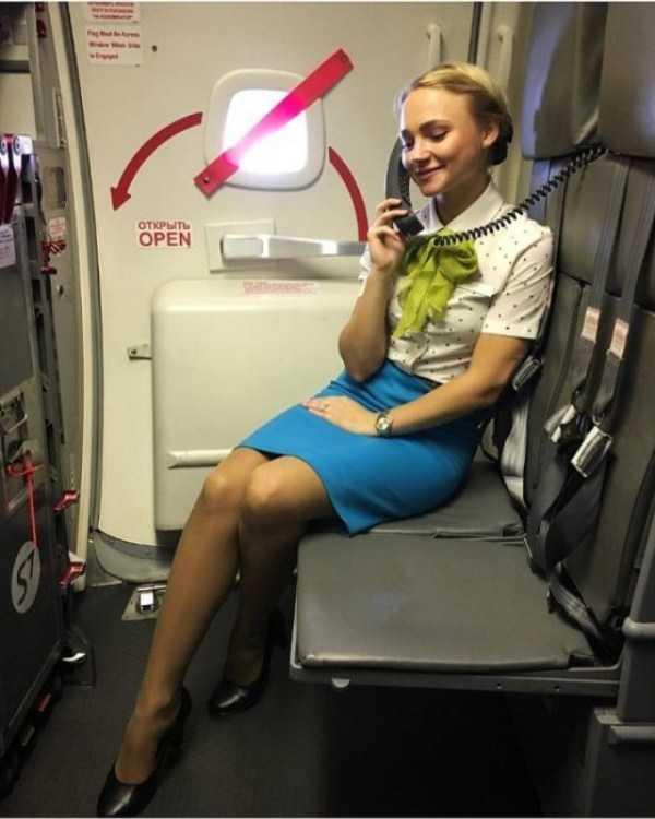 plane-girls (17)