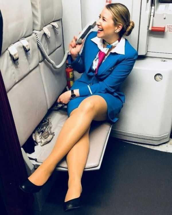 plane-girls (2)