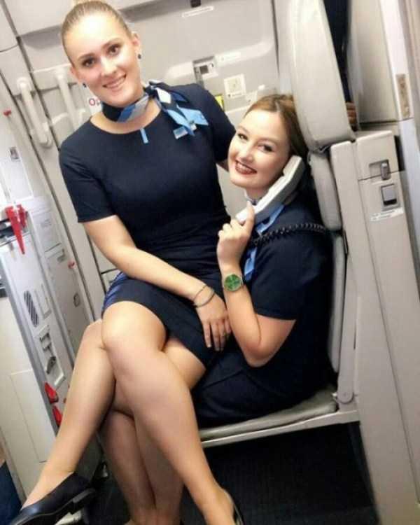 plane-girls (25)