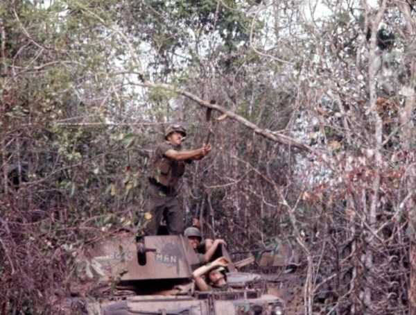 vietnam-war-color-pictures (38)