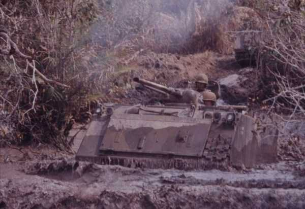 vietnam-war-color-pictures (7)