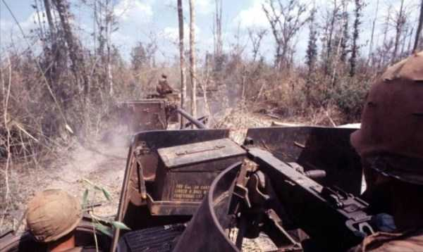 vietnam-war-color-pictures (8)