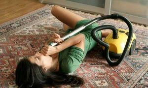 girls-doing-funny-things (11)