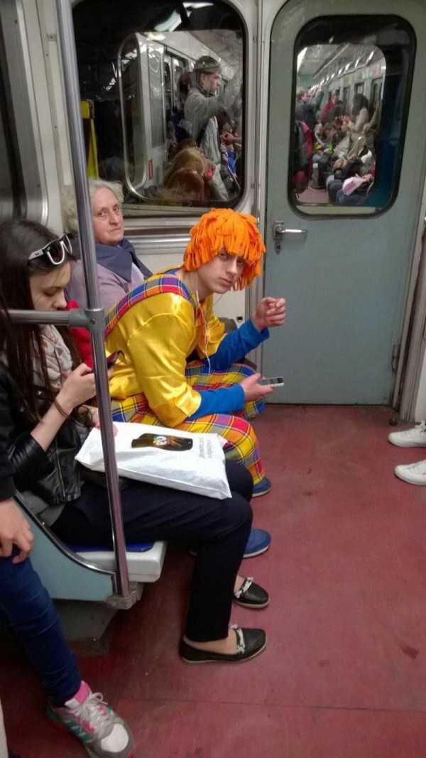 russia-subway-fashion (34)