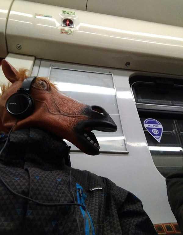 russia-subway-fashion (5)