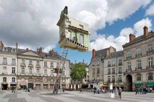 sculptures-defy-gravity (11)