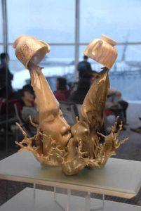 sculptures-defy-gravity (5)