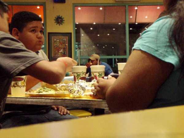 fast-food-people (17)