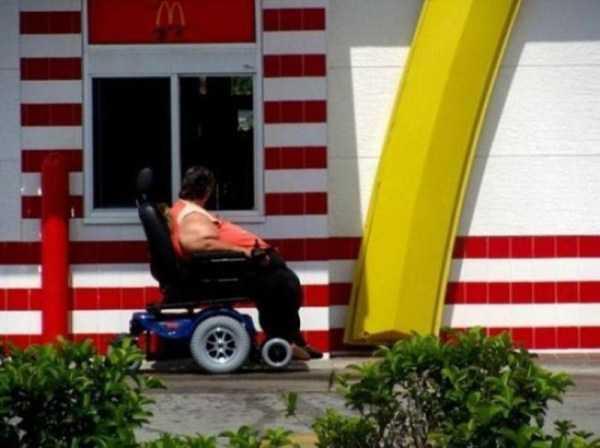 fast-food-people (19)