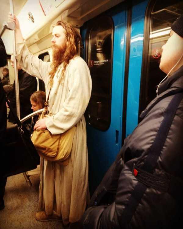 russian-metro-weirdos (2)