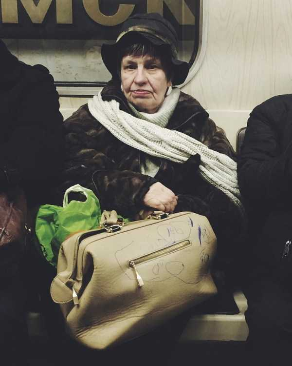 russian-metro-weirdos (33)