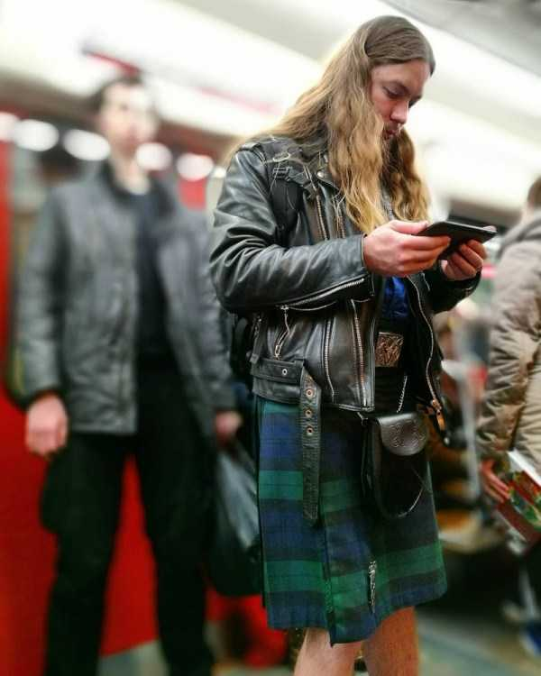 russian-metro-weirdos (37)