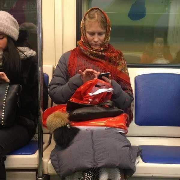 russian-metro-weirdos (39)