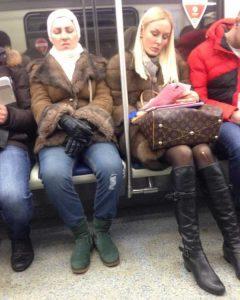 russian-metro-weirdos (49)