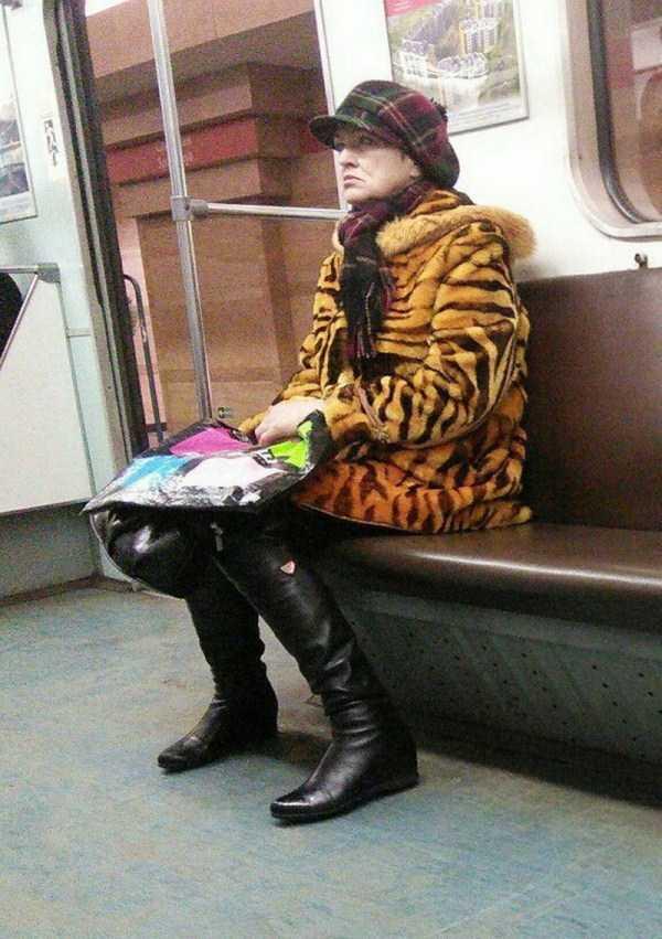 russian-metro-weirdos (56)
