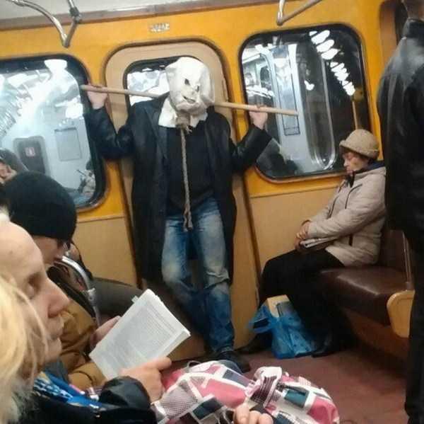 crazy-subway (19)
