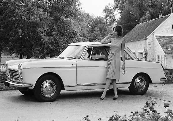 retro-girls-cars-pictures (16)