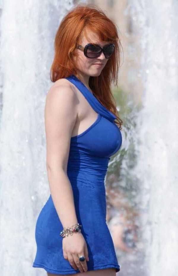 girls-in-tight-dresses (47)