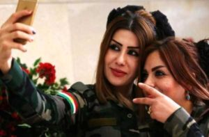 kurdish-women-fighters (1)
