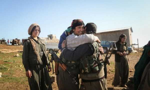 kurdish-women-fighters (13)
