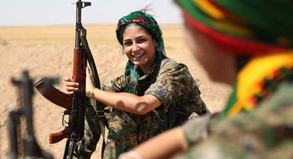 kurdish-women-fighters (14)