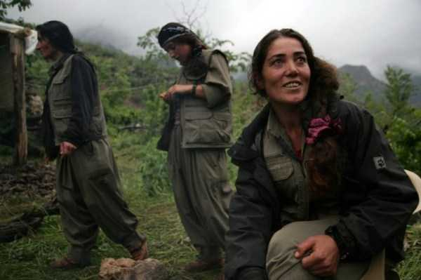 kurdish-women-fighters (19)