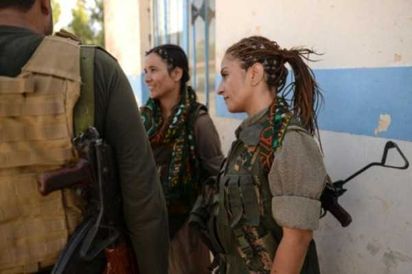 kurdish-women-fighters (30)