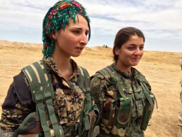 kurdish-women-fighters (39)