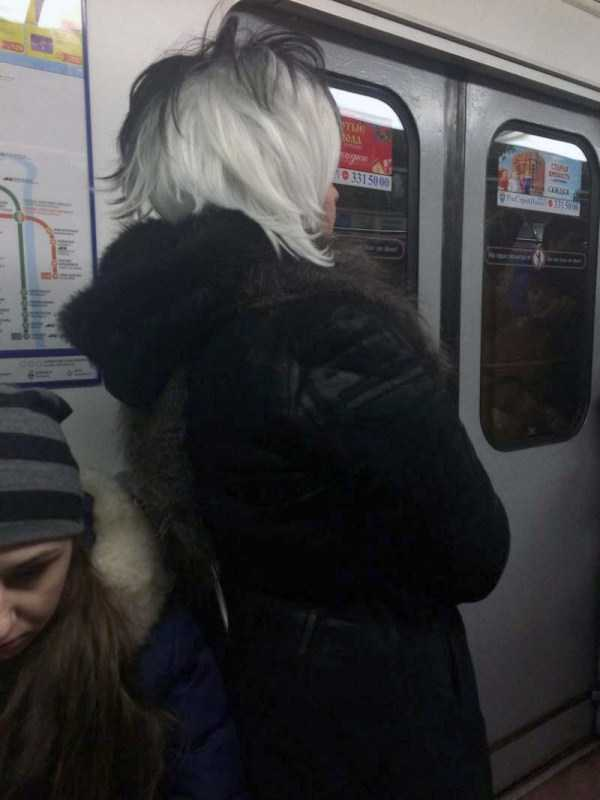 russian-subway-weirdos (12)