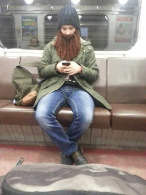 russian-subway-weirdos (13)