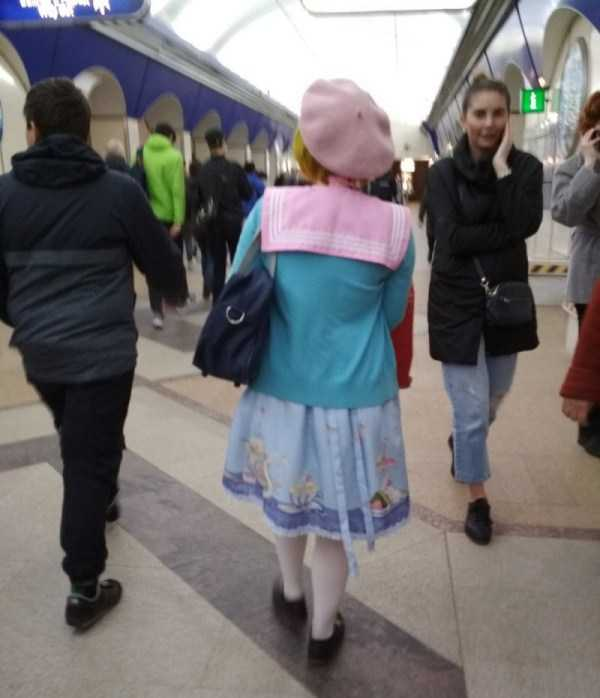 russian-subway-weirdos (19)