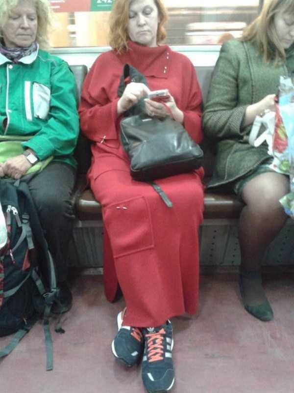 russian-subway-weirdos (21)