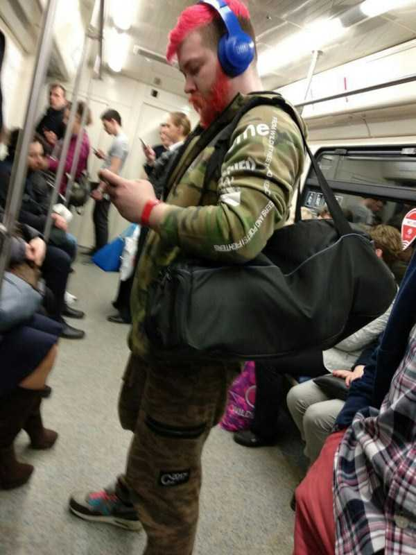 russian-subway-weirdos (31)