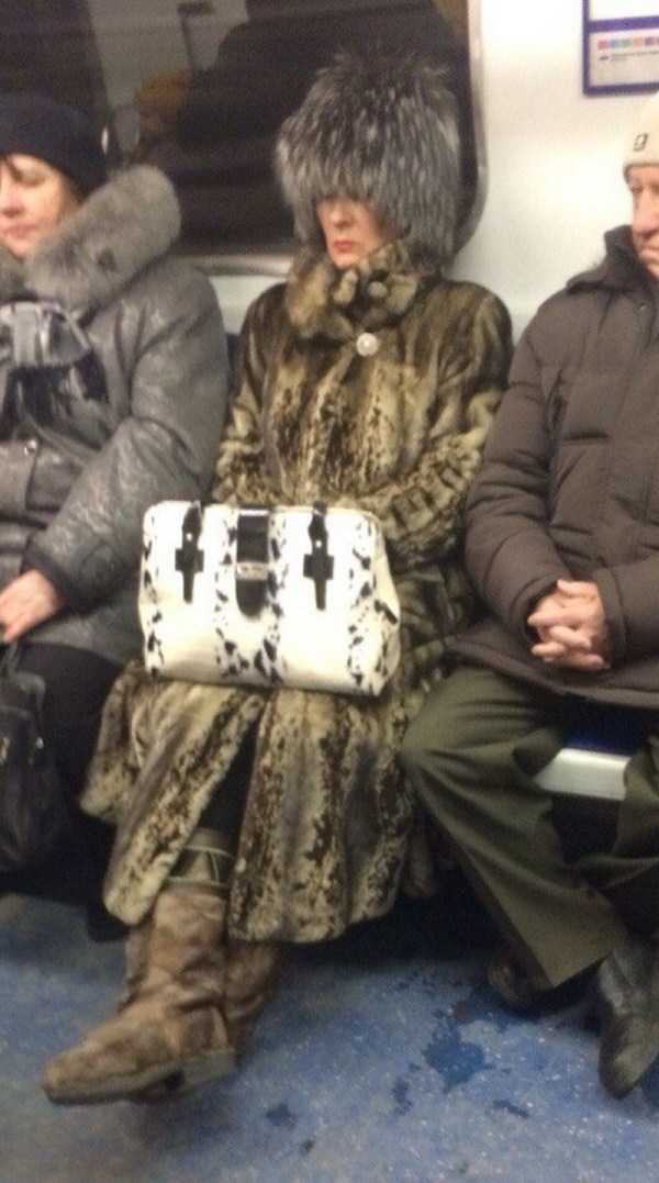russian-subway-weirdos (33)