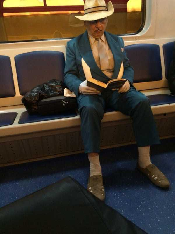 russian-subway-weirdos (4)