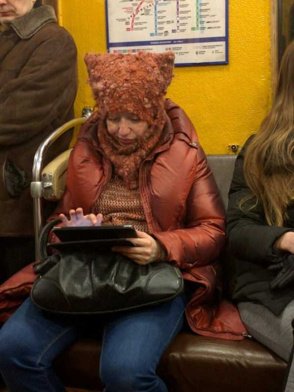 russian-subway-weirdos (7)