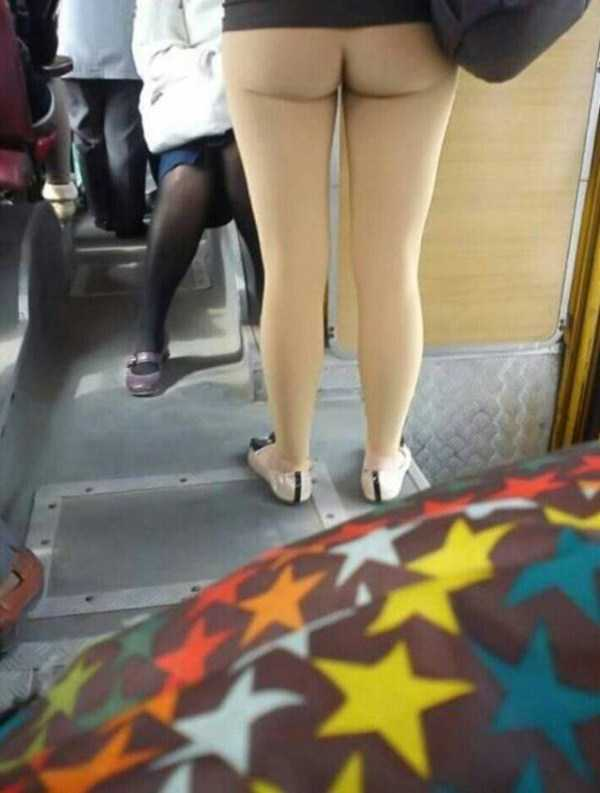 commuters-girls (59)