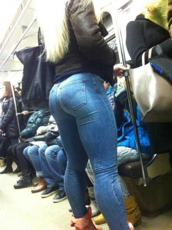 commuters-girls (64)