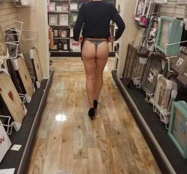 funny-hot-girls (32)