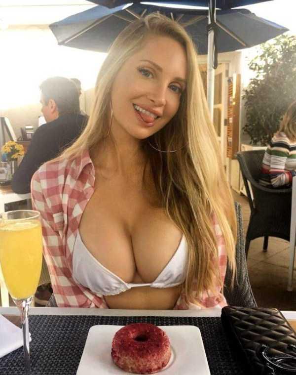 funny-hot-girls (50)