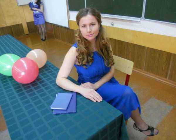 hot-russian-female-teachers (4)