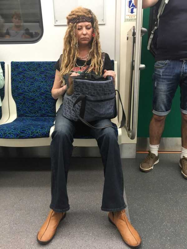 strange-subway-fashion (13)