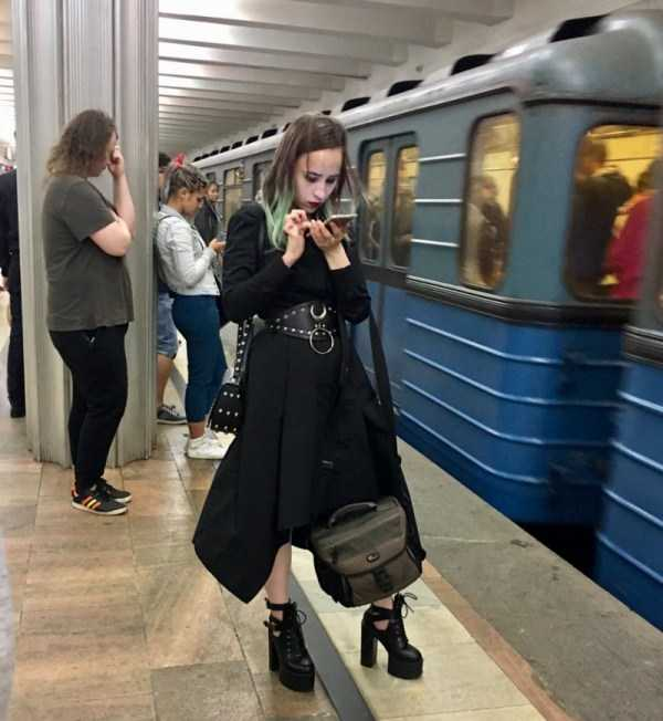 strange-subway-fashion (16)