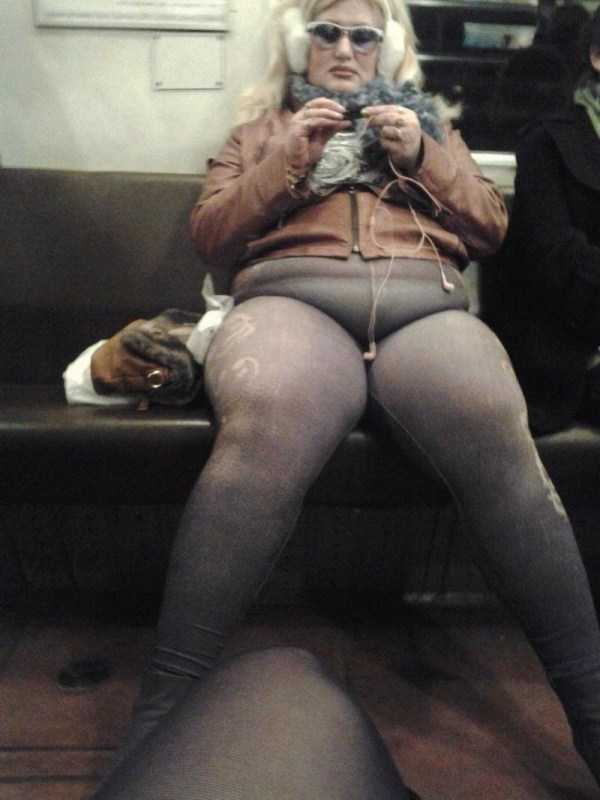 strange-subway-fashion (21)