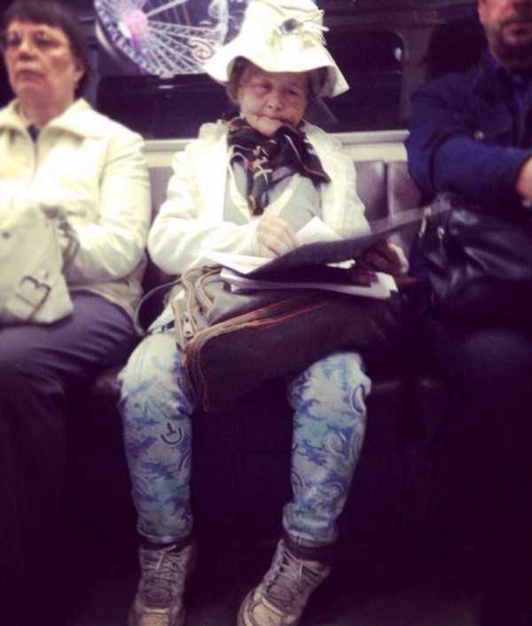 strange-subway-fashion (24)